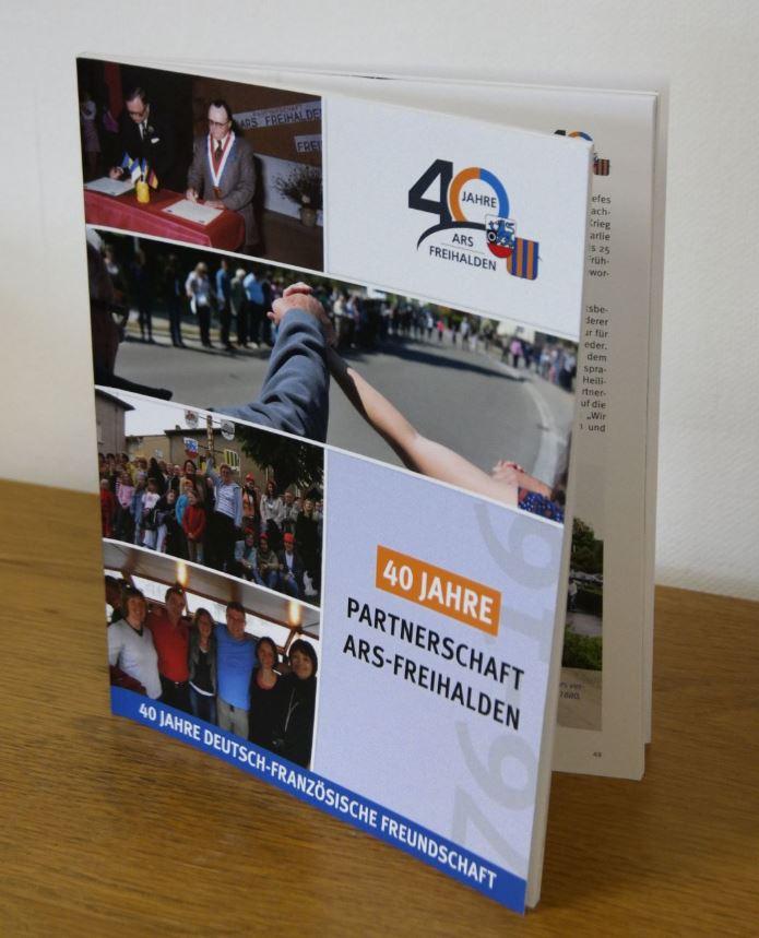 Buch 40 Jahre Partnerschaft Ars-Freihalden